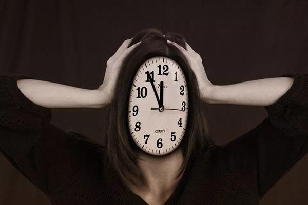 如何找到潜意识里的情绪来源,走出困境?